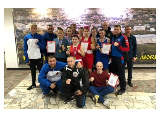 Серпуховичи завоевали три медали на межрегиональном турнире по боксу