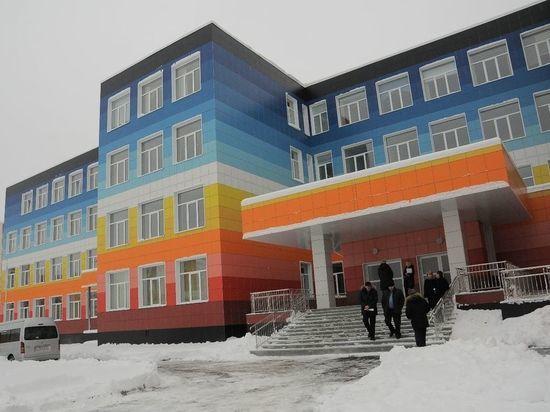 Подрядчики завершают строительство новой школы в Рудничном районе Кемерова