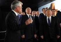 Визит Путина в Казахстан ознаменовался скандалом из-за фото Крымского моста