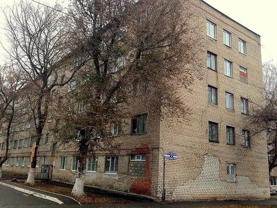 Жильцы общежития в Саранске победили огонь