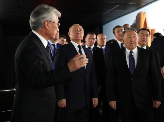 https://www.mk.ru/politics/2018/11/09/vizit-putina-v-kazakhstan-oznamenovalsya-skandalom-izza-foto-krymskogo-mosta.html