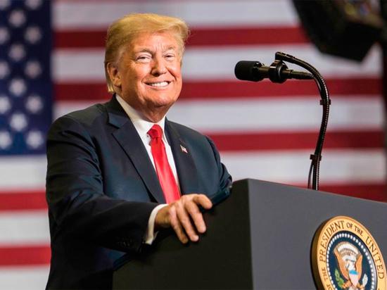 Трамп прокомментировал слова Макрона о защите от США: «Очень оскорбительно»