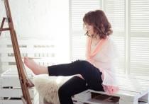 Ульяновская художница, родившаяся без рук, открывает людям жизнь в картинах, написанных пальцами ног