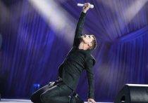 Теперь он вам не Димон: президент Путин присвоил певцу новое звание