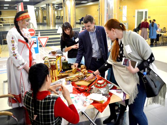 День благодарения Сибири тюменцы отметили парадом социальных проектов