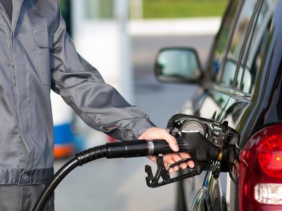 Бензин сквозь пальцы: как размываются договоренности о сдерживании цен на топливо