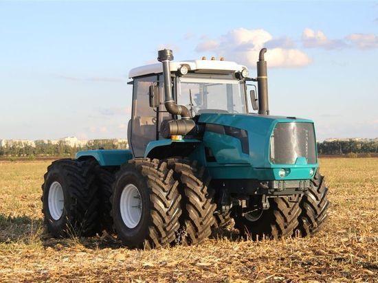 Брянские трактора финишировали на осеннем «Агросалоне»