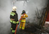 Три бани сгорели в Кузбассе из-за неисправных печей