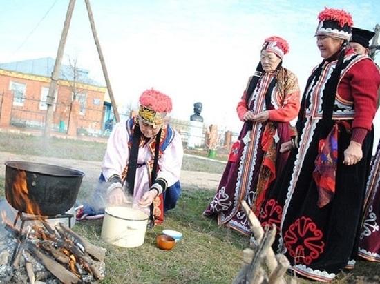 Подношение богам. Как готовят традиционный калмыцкий чай