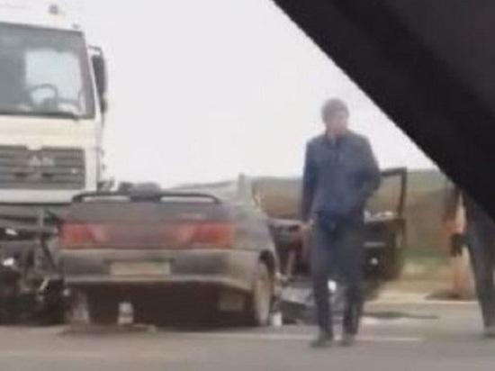 В Крыму MAN смял легковушку: есть пострадавшие