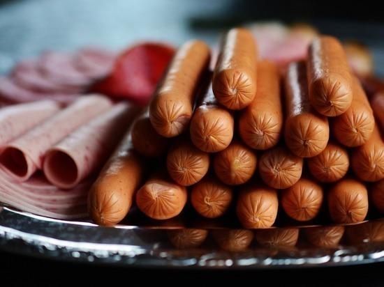 СМИ сообщили о возможном подорожании колбасы
