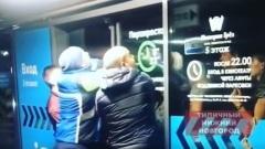 "Посетители ТРК ""Небо"" ломали двери во время эвакуации 17.11.2018"
