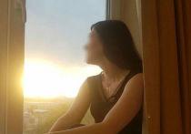 «Аня бежала по главной площади»: в Озерске муж застрелил жену после развода и покончил с собой