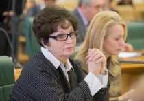 Сенатор пристыдила недовольных питанием на 3500 рублей «ужасами войны»