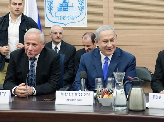 Премьер-министр Биньямин Нетаниягу вступил в должность министра обороны
