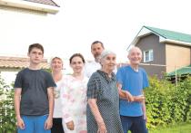 Семья Афентьевых — обычная российская семья, живущая по старинке