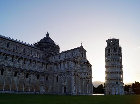 Пизанская башня выпрямилась на несколько сантиметров