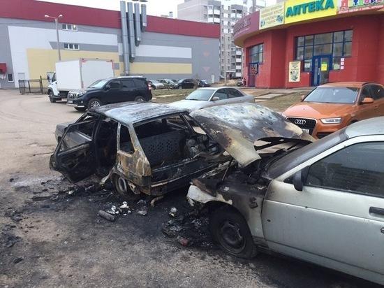 Кировчанка рассказала, за что подожгла машину своего приятия