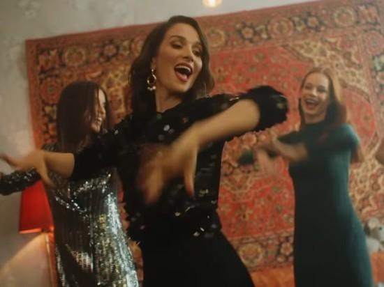 Наталья Орейро сняла клип в подмосковной Балашихе
