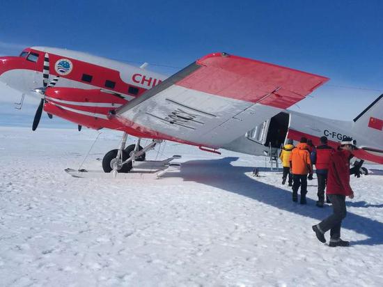 Уникальная авиабаза в Антарктиде: кто хочет опередить Россию