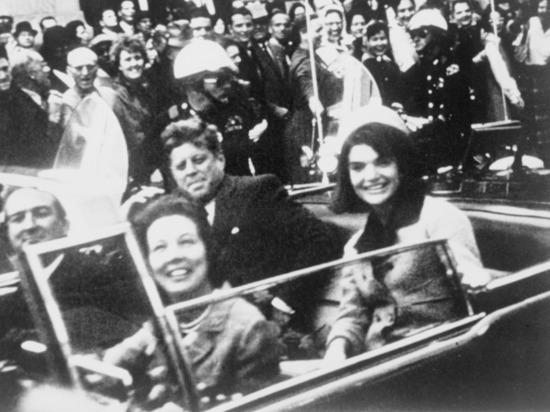 День благодарения: американцы забыли годовщину убийства Кеннеди