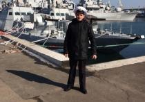 Экипажу украинских военных кораблей, задержанных российскими пограничниками в Керченском проливе за незаконное вторжение, дали команду открывать ответный огонь