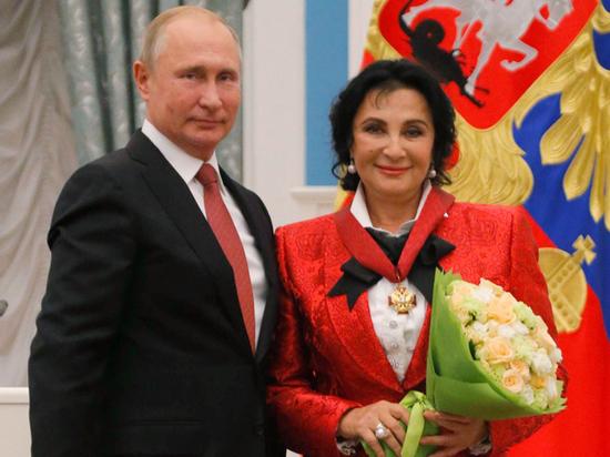 Ирина Винер пообещала Путину вырастить талантливых гимнасток-жён