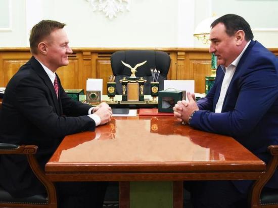Роман Старовойт пообещал поддержку курскомуФК «Авангард»