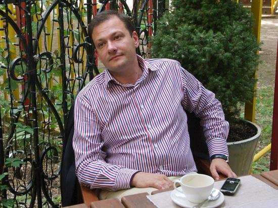 Ведущий Брилев рассказал о британском паспорте и недвижимости