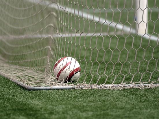 Ирландский клуб ошибочно сообщил о смерти футболиста и отменил матч