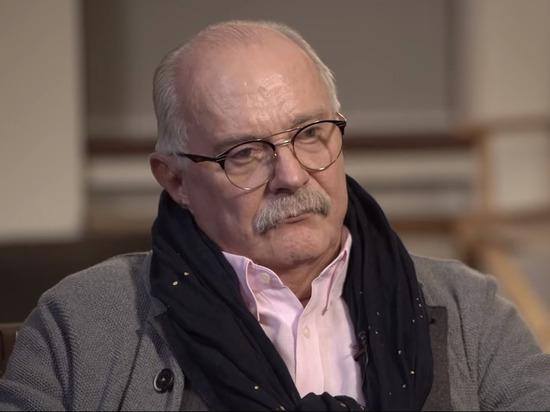 Михалков рассказал Дудю о дружбе с Путиным и божьей каре Западу