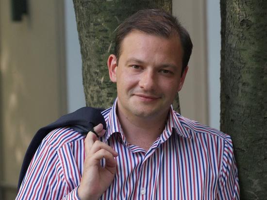 Песков защитил британское гражданство Брилёва