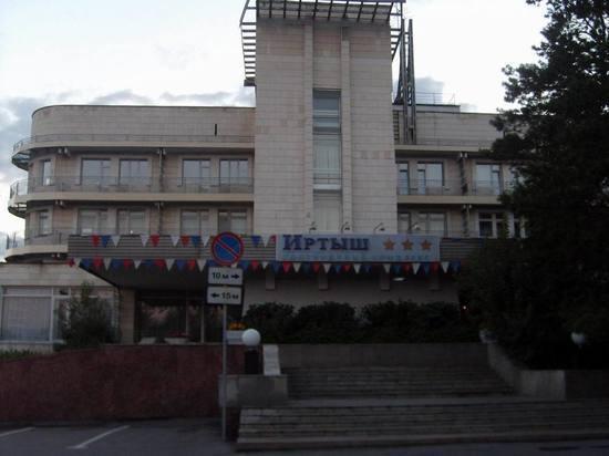 Омскому депутату возглавить гостиницу «Иртыш» помешало былое банкротство
