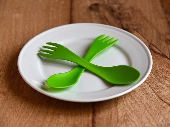 Съедобную посуду из яблок изобрели в Самаре