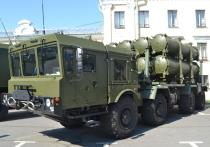 """Переброшенные в Крым ракетные комплексы """"Бал"""" назвали """"фейковой силой"""""""