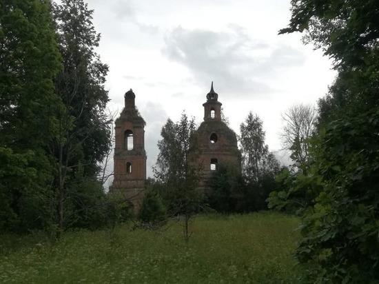 Три погибающих храма в Рославльском районе открыли нам свои истории