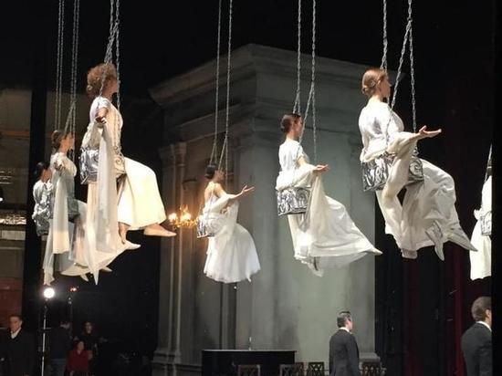 Вахтанговский театр показал на «Русских сезонах» свой знаменитый спектакль