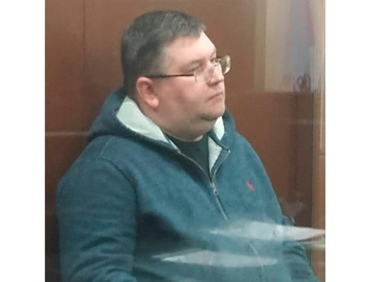 Замглавы московской областной таможни, обвиняемый во взятке, вспомнил про ребенка