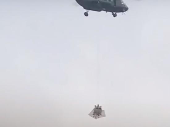 Снова вертолеты над Кремлем: ФСО объяснила суть учений