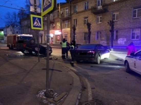 Кто прав, кто виноват: в Рыбинске столкнулись «Рено» и «Форд»