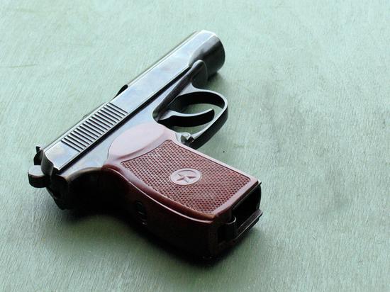 Пистолет выстрелил при падении: подробности схватки гаишников с оперативником
