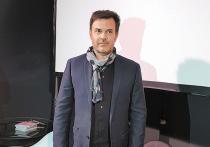 Французский режиссер Франсуа Озон, хорошо известный у нас по фильмам «8 женщин», «Бассейн», «Криминальные любовники», провел два дня в Москве