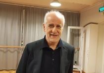Итальянский актер и режиссер Тони Сервилло недавно посетил Санкт-Петербург