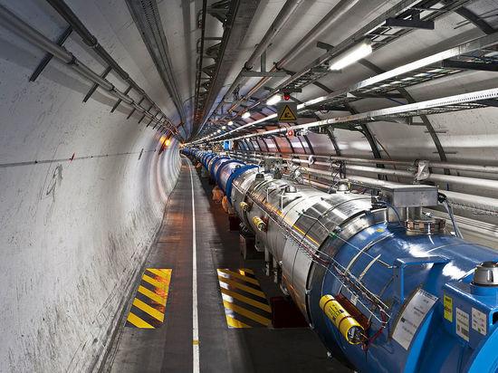 Эксперименты на Большом адронном коллайдере прервали на два года