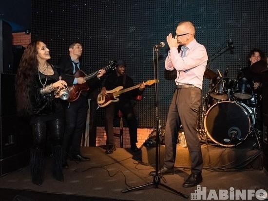 Кто и зачем слушает «музыку свободы» в Хабаровске?