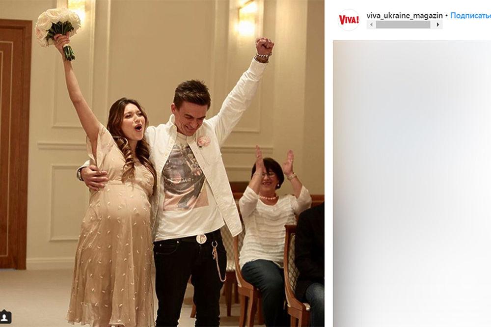 Тодоренко и Топалов тайно поженились: кадры со свадьбы и девичника