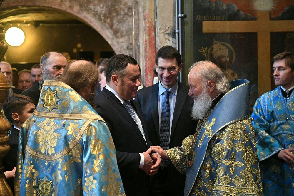 Патриарх передал Тверской области ковчег с мощами Михаила Тверского