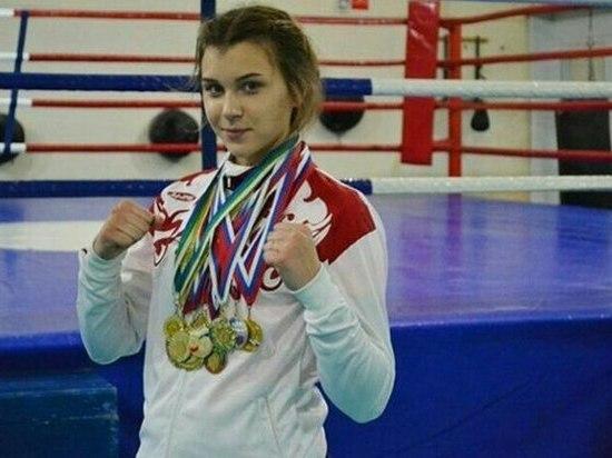 В сборную России по боксу вошла девушка из Кирова