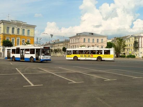 1 млн пассажиры оставили в общественном транспорте Твери