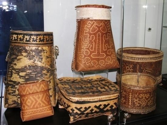 Уникальные орнаменты на бересте презентуют в Югре